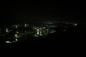 飯岡/絞りF3.5/シャッター速度1/30/ISO6400