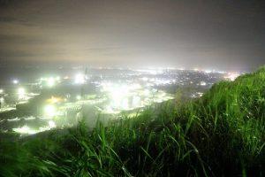 飯岡/絞りF3.5/シャッター速度1/ISO6400