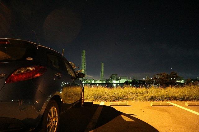 養老川臨海公園の夜景(とデミオ)