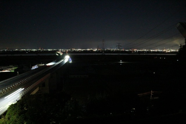 佐原PA上り展望台(夜景・右側)