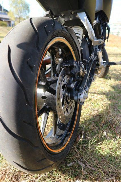 KTM 125DUKE 後ろタイヤ