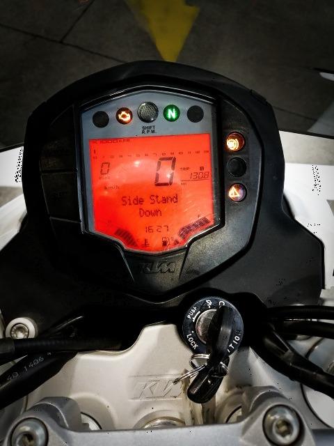 KTM 125DUKE メーター