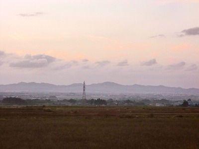 櫛引(たらのき代の下あたり)から鶴岡市街を望む