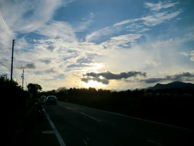 国道458号 夕暮れ時の雲のアート