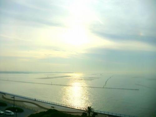 袖ヶ浦海浜公園展望塔より海を望む