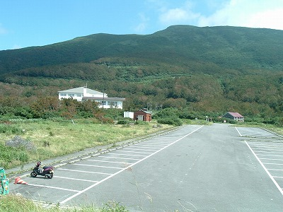 鳥海ブルーライン 平日の大平の駐車場は、がら空き
